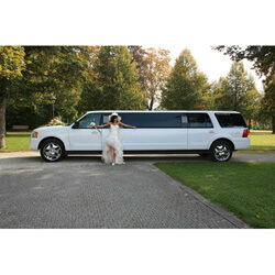 Stretchlimousine-Jeep-Expedition