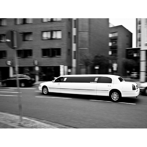 limousine stretchlimousine limousinenservice mieten in hannover braunschweig minden bremen. Black Bedroom Furniture Sets. Home Design Ideas