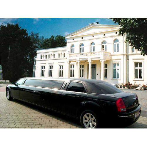 limousinenservice berlin limousine mieten berlin stretchlimousine hochzeitsauto. Black Bedroom Furniture Sets. Home Design Ideas