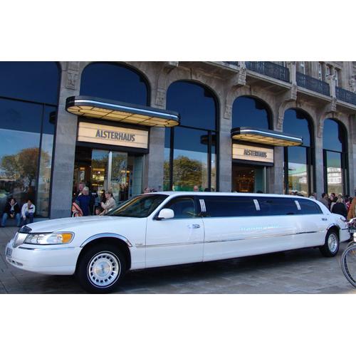 limousinen mieten im plz bereich 24 dreamlimo. Black Bedroom Furniture Sets. Home Design Ideas