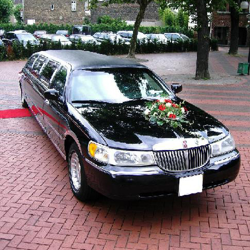 Limousinenservice - Stretchlimo Lincoln in schwarz