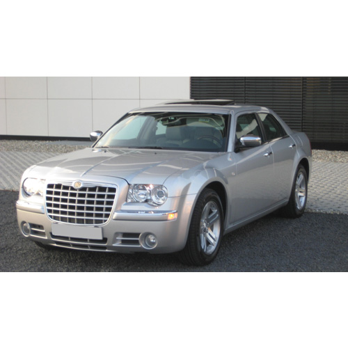 Chrysler 300c in wei�