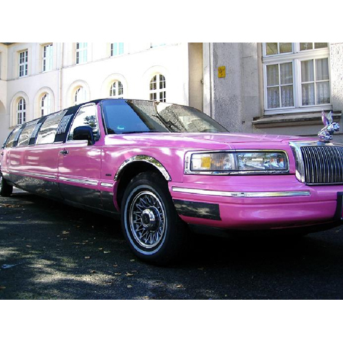 Lincoln Town Car Stretchlimousine in PINK!