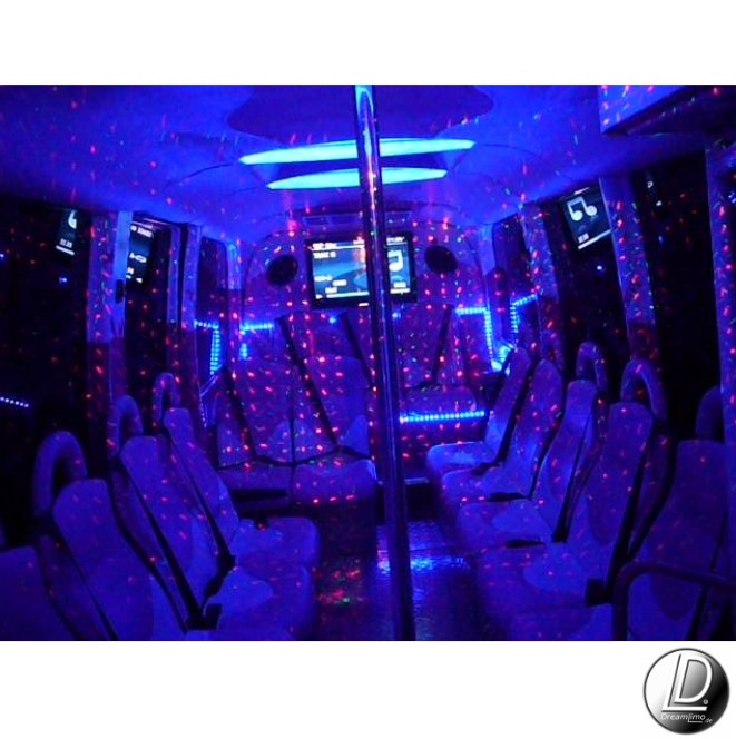 partybus pink mieten in hamburg. Black Bedroom Furniture Sets. Home Design Ideas