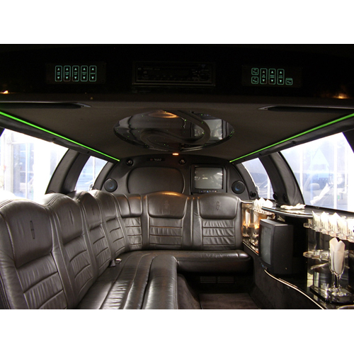 stretchlimousine in d sseldorf grevenbroich dormagen neuss m nchengladbach. Black Bedroom Furniture Sets. Home Design Ideas